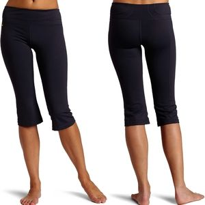 Lolë | Women's Dynamic Capri - Black